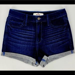 HOLLISTER-Size 3-Blue Jean Low Rise Short-Short